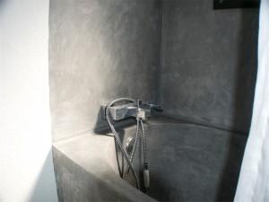 Bañera microcemento gris guadalvillas
