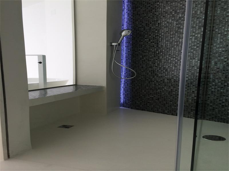 ducha microcemento blanco