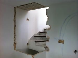 Escalera Guadalvillas demolicion